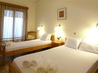 Hotels Rooms Sarantea Gythio - Triple Room