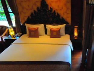 ruen kanok thai house