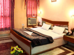 Hotel Western Queen New Delhi and NCR - Deluxe Room