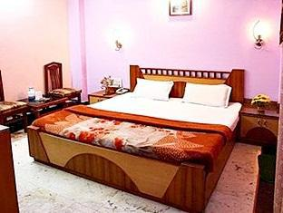 Hotel Western Queen New Delhi and NCR - Super Deluxe