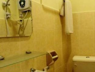Hotel Suria Port Dickson - Bathroom