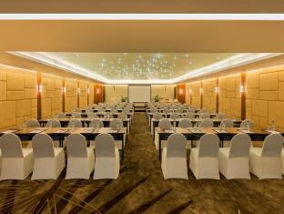 In Residence Bangkok Sukhumvit بانكوك - غرفة الاجتماعات