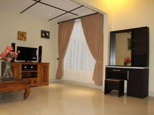 The Catur Villa Bali - Suite Room