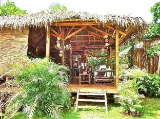 Chill-out Guesthouse Panglao Bohol - View of restaurant area