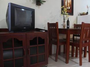 Alona Studios Hotel Bohol - Bilik Suite