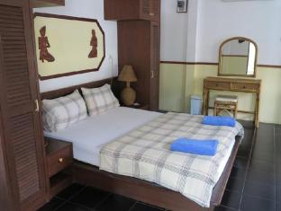 chaulty towers guesthouse