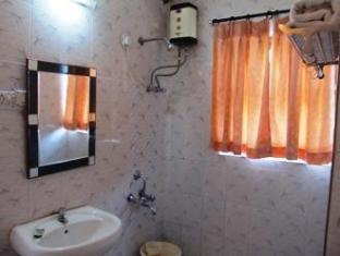 Jessica Saffron Beach Resort North Goa - Bathroom