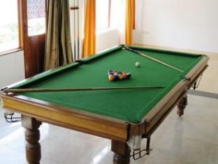 Jessica Saffron Beach Resort North Goa - Indoor Game Room