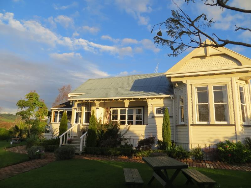 Cotswold Cottage Bed and Breakfast - Hotels and Accommodation in New Zealand, Pacific Ocean And Australia