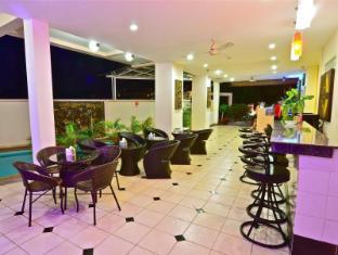 Squareone Phuket - Lobi