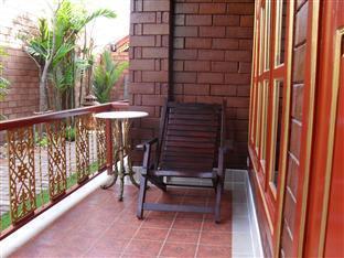 Irawadee Resort Tak - Balcony