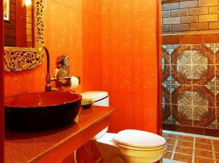 Irawadee Resort Tak - Bathroom