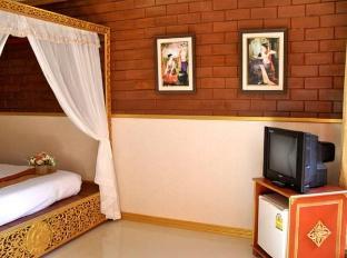 Irawadee Resort Tak - Guest Room