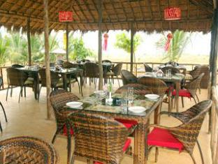 Pam Pirache Resort North Goa - Food, drink and entertainment