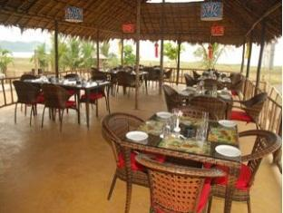 Pam Pirache Resort North Goa - Restaurant
