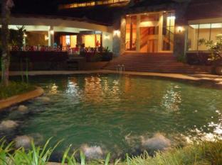 Safa @ Idaman Apartment Langkawi - Swimming Pool