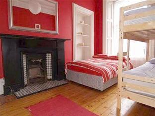 Edinburgh Holiday Accommodation Edinburgh - Guest Room
