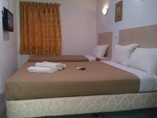Hotel Star Castle Kuala Lumpur - Family Triple