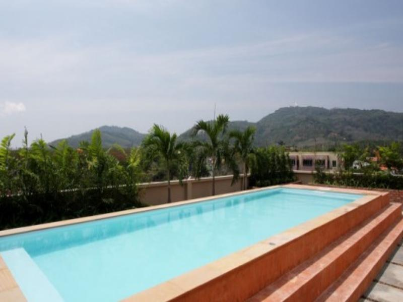 Chaofa West Suites - Hotell och Boende i Thailand i Asien