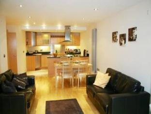 Millharbour Serviced Apartments London