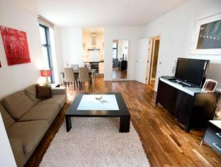 Discovery Dock Apartments London - Interior