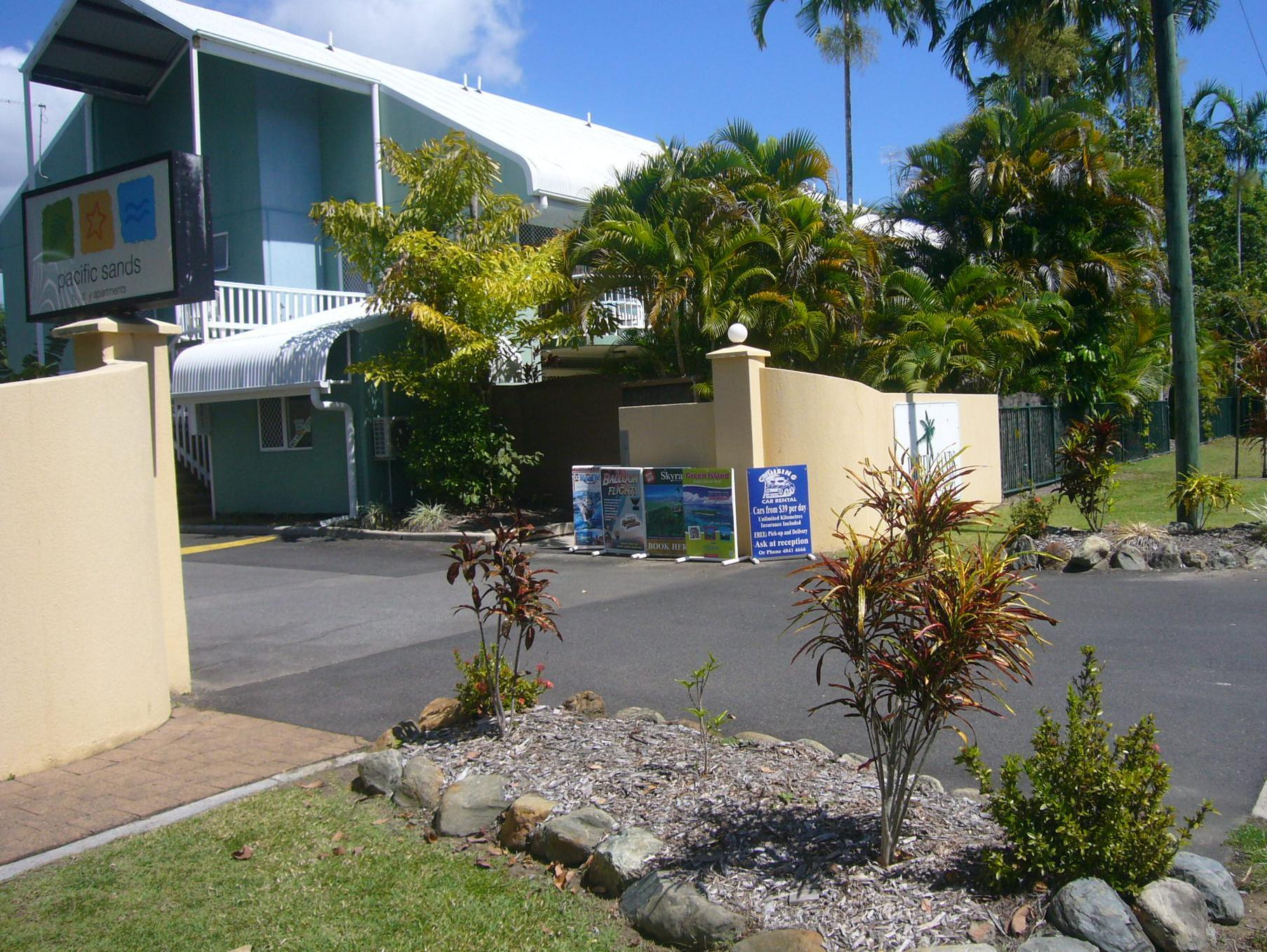 Pacific Sands Holiday Apartments - Hotell och Boende i Australien , Cairns