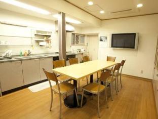 โรงแรม เฮ้าส์อิเคบูคูโร่  (House Ikebukuro)