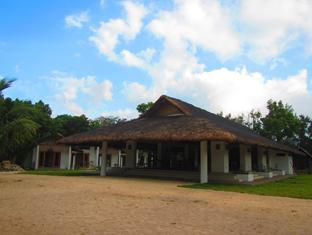 Kingfisher Sand Sea Surf Resort Pagudpud - Ravintola