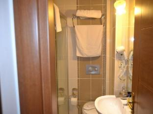 Hotel Blue Istanbul Istanbul - Shower