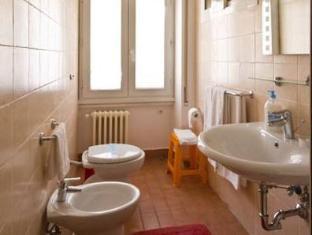 B&B Roma Appia Davila 25 Rome - Bathroom