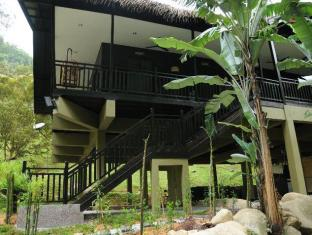 Tanah Aina Farrah Soraya Eco Tourism Resort 塔纳艾娜法拉索拉雅生态旅游度假村