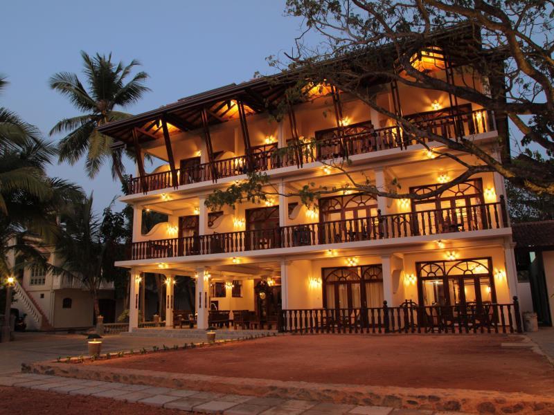 Wunderbar Beach Club Hotel - Hotels and Accommodation in Sri Lanka, Asia