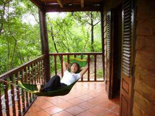 River Ray Resort Vung Tau - Lily Wooden House Balcony