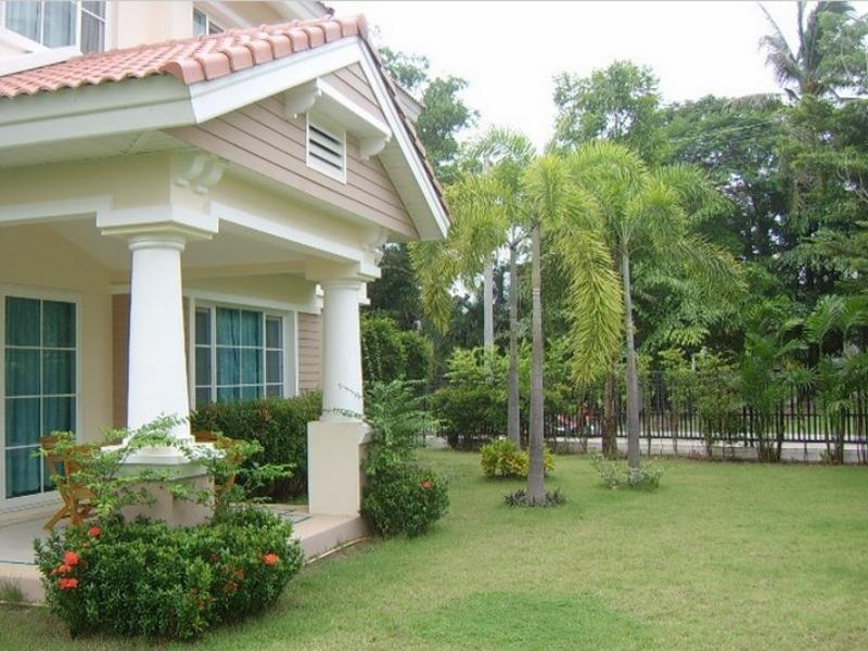 Hotell Thanapat Residence 1 i Chalong, Phuket. Klicka för att läsa mer och skicka bokningsförfrågan
