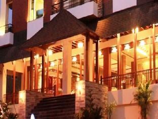 Godwin Hotel North Goa - Hotel Exterior