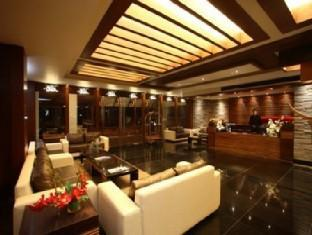 Godwin Hotel North Goa - Lobby