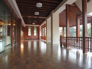 Godwin Hotel North Goa - Exterior