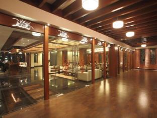 Godwin Hotel North Goa - Lobby