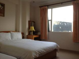 Ngoc Minh Hotel – Dong Du street Ho Chi Minh City - Family Deluxe Triple
