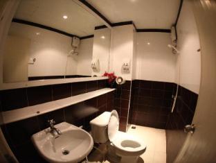 Baan Tawan Patong Phuket - Bathroom