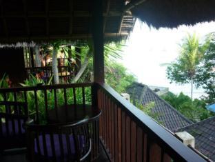Songlambung Beach Huts Bali - Balcony/Terrace
