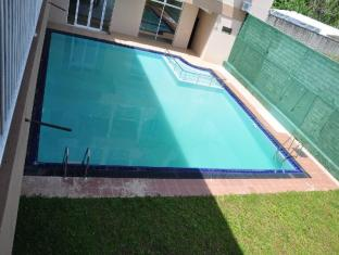 LakeNest Bolgoda Resort Moratuwa / Panadura - Swimming Pool
