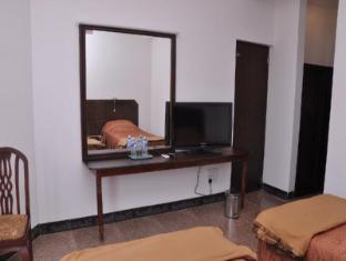LakeNest Bolgoda Resort Moratuwa / Panadura - Standard Rooms