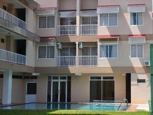 LakeNest Bolgoda Resort Moratuwa / Panadura - Exterior