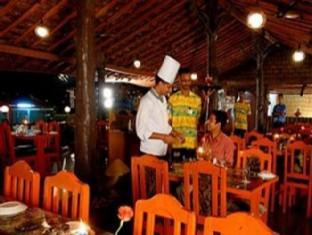 Dudhsagar Spa Resort North Goa - Food, drink and entertainment