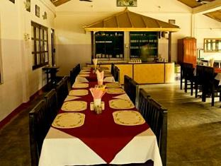 Hotel Wild Life Camp Chitwan National Park - Restaurante