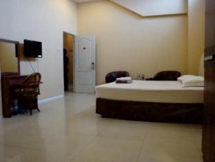 Galaxy Hotel سورابايا - غرفة الضيوف