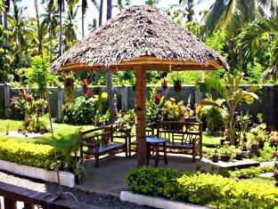 Isla Hayahay Beach Resort and Restaurant Bohol - Jardin