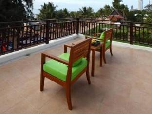 Casuarina Jomtien Hotel Pattaya - Suite Terrace