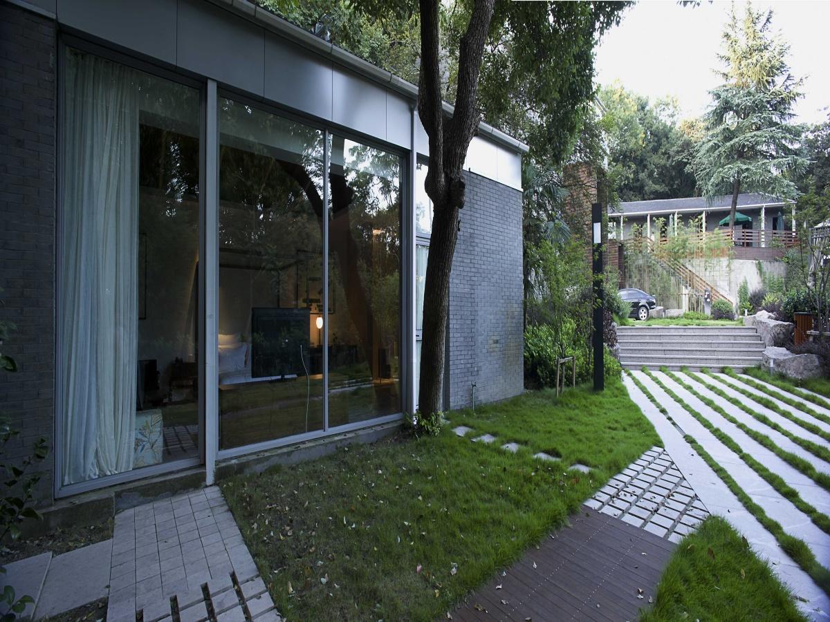 Hangzhou Phoenix Resort - Hangzhou